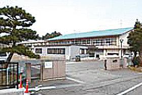 ・ 行徳小学校(約650m:徒歩9分)