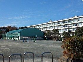 所沢市立山口小学校まで徒歩6分(430m)
