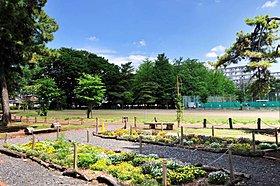 大南公園、湖南菖蒲園近接の住環境。