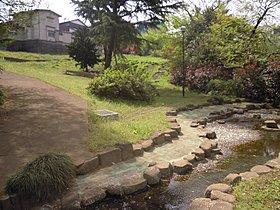 柿の木坂湧水公園