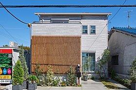 屋上庭園(2号地モデルハウス/平成26年8月撮影)