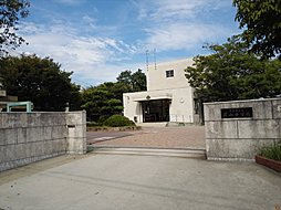 萩山中学校まで1099m /徒歩14分