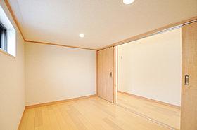 キッチンやLDKに家事コーナーを設置しました。(当社施工例)