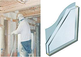 省エネルギー性を高める吹付け断熱とLOW-Eガラスの採用。