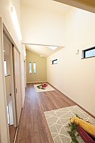 広々とした洋室を、お子さまに合わせて将来は二部屋に。