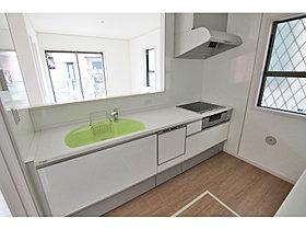 システムキッチン(人造大理石トップ&シンク、食洗機付)
