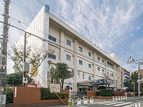 武蔵野市立関前南小学校 距離250m