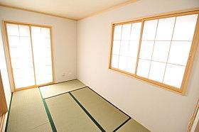 落ち着きのある和室を配置いたしました。