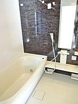 保温効果の高い魔法びん浴槽を採用!
