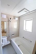 浴室乾燥機完備で雨の日のお洗濯も大助かり