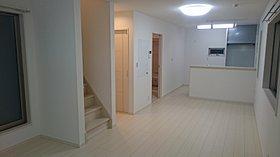 5号棟は2階に16.5帖の広々LDKとお風呂を配置しました。