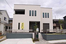 現地モデルハウスです。