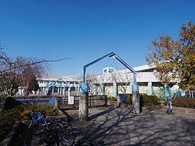 水の江小学校