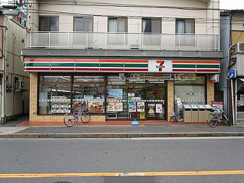 アパート-墨田区八広5丁目 近くにあると便利なコンビニまで徒歩4分。