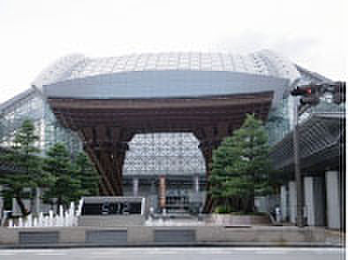 マンション(建物一部)-金沢市昌永町 クスリのアオキ