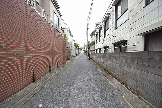 アパート-大田区中馬込1丁目 南側私道幅員約3.68m間口約17.13m