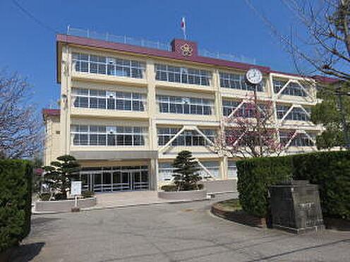 マンション(建物全部)-高岡市丸の内 高陵中学校