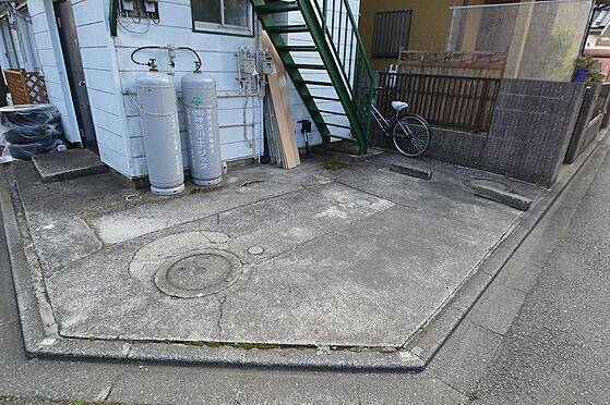 アパート-相模原市南区西大沼3丁目 1台分の入居者用駐車スペース