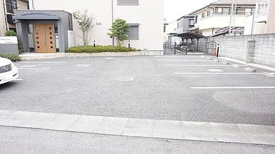 アパート-久喜市久喜東1丁目 駐車場