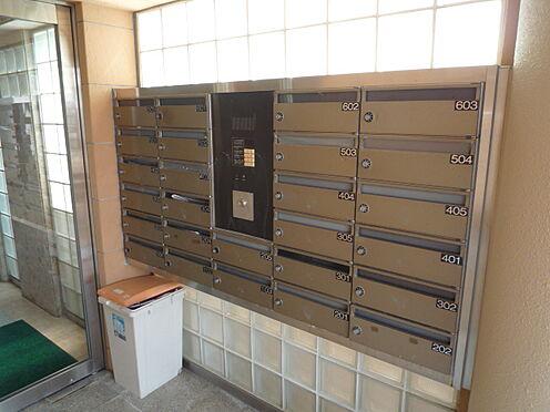 ビル(建物全部)-福岡市博多区金の隈3丁目 プライバシーに配慮したダイヤルロック式集合ポスト