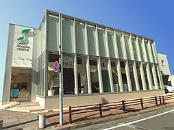 栄支店は久屋大通駅のすぐそばの利便性のよう立地にあります。