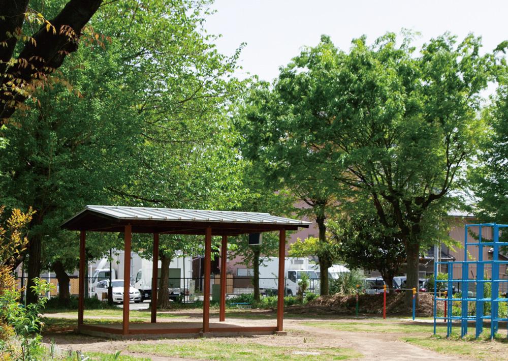 西脇町児童遊園地 約280m(徒歩4分)