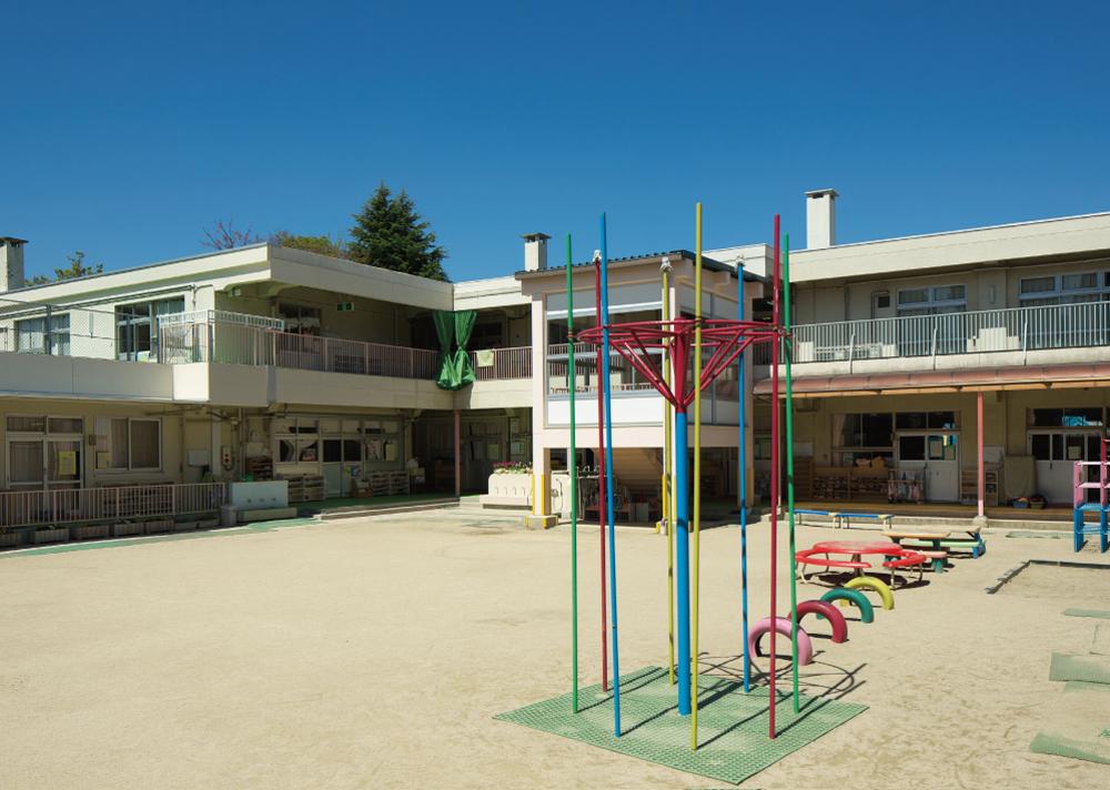 三篠保育園 約490m(徒歩7分)