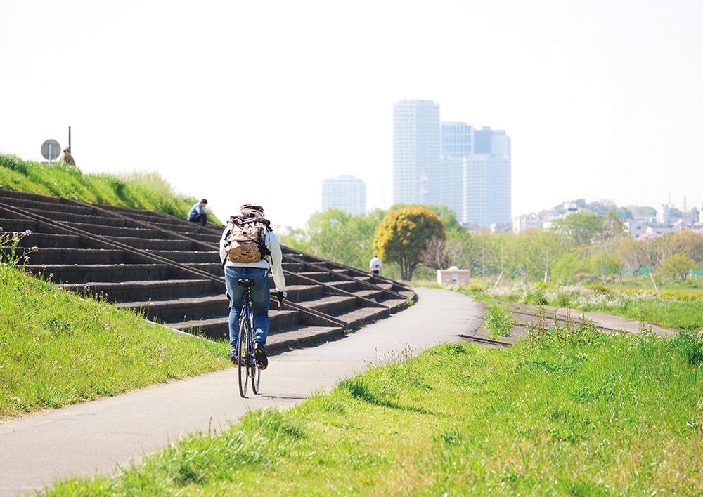 多摩川緑地/多摩川サイクリングロード 約2.2km(自転車9分)