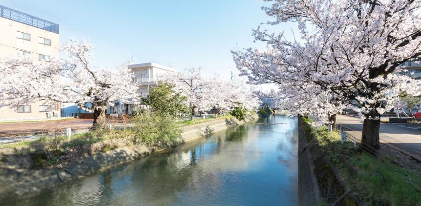 福島江用水路 約150m(徒歩2分)