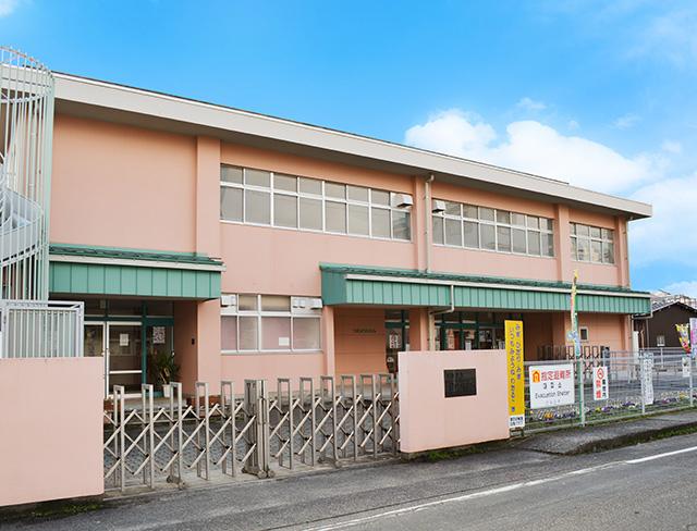 市立津田幼稚園 約660m(徒歩9分)