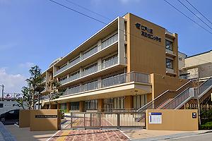 第三松江小学校 約250m(徒歩4分)