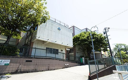 名古屋市立見付小学校 約2,460m(徒歩31分)