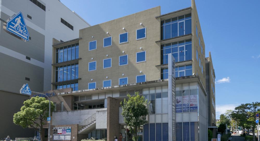 北千里医療ビル 約1,350m(徒歩17分)