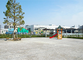 扇町第一公園 約460m(徒歩6分)