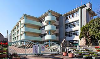 甲東中学校 約500m(徒歩7分)