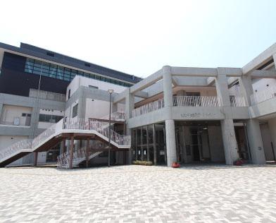 浅生スポーツセンター 約720m(徒歩9分)