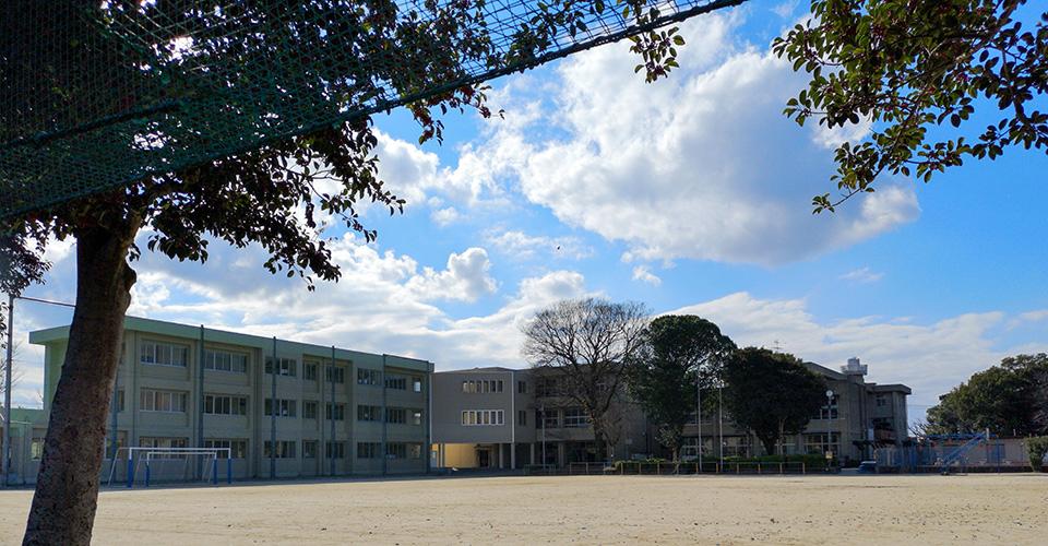 熊本市立託麻南小学校 約480m(徒歩6分)