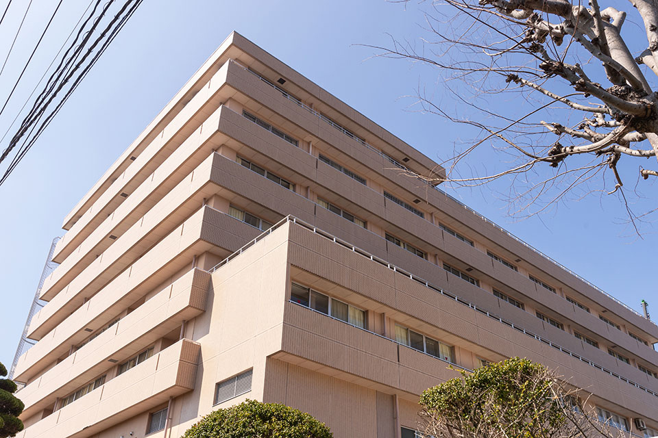 山口赤十字病院 約980m(徒歩13分)