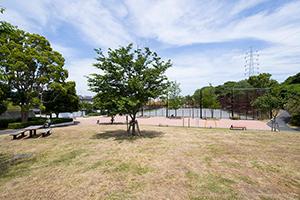 野庭わんぱく公園 約830m(徒歩11分)