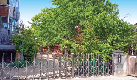 小郡幼稚園 約130m(徒歩2分)※2020年5月移転予定