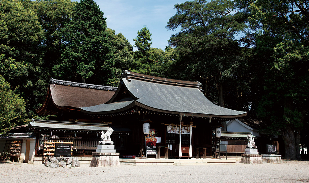 勝部神社 約440m(徒歩6分)