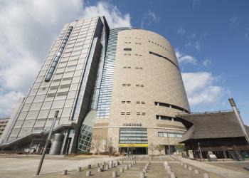 大阪歴史博物館 約570m(徒歩8分)※2019年5月撮影