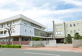 賢明女子学院 中学・高等学校 約200m(徒歩3分)