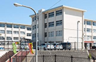 福岡市立花畑中学校 約1,150m(徒歩15分)