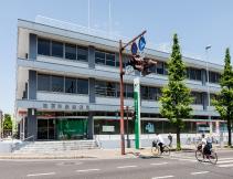 佐賀道祖元郵便局 約180m(徒歩3分)