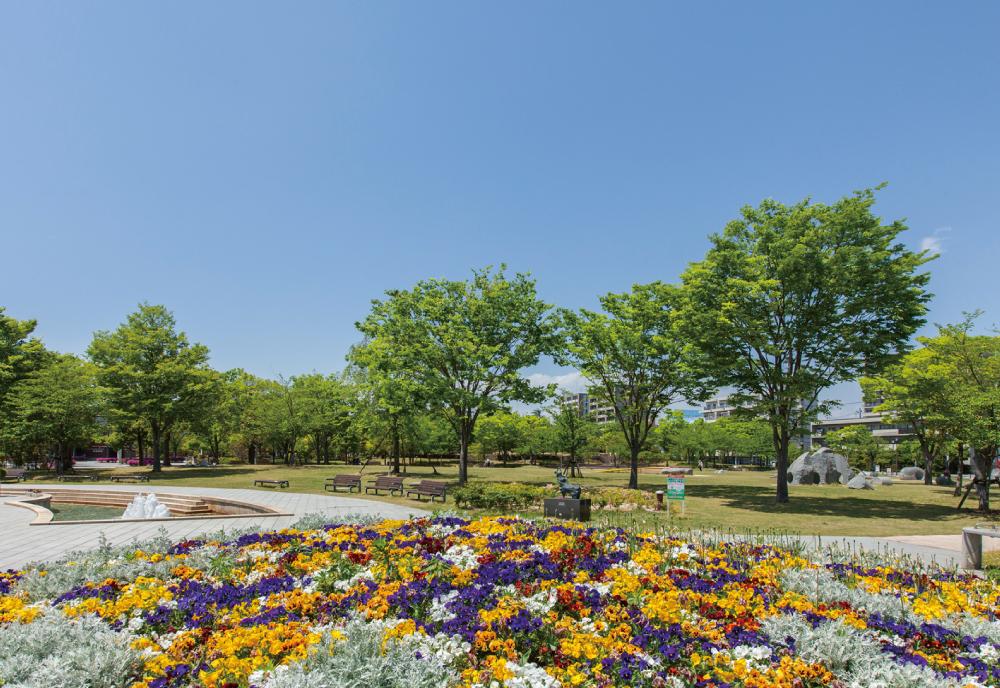 21世紀記念公園 麓山の杜 約50m(徒歩1分)
