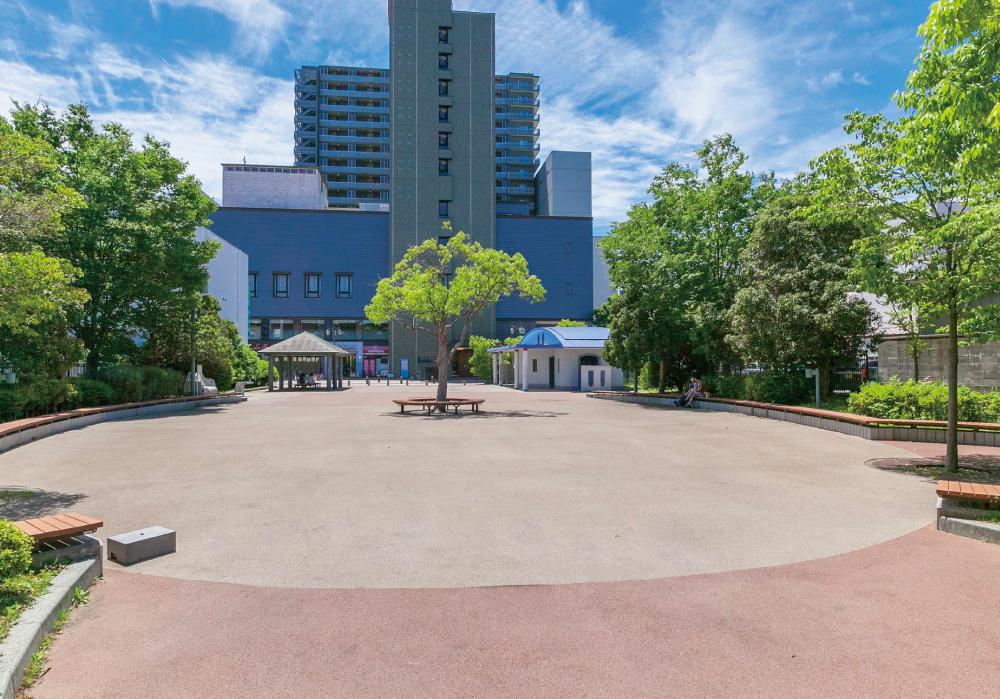 平一町目公園 約20m(徒歩1分)