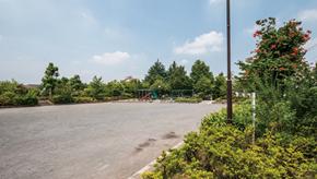 杉山原公園 約20m(徒歩1分)