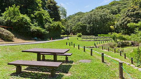 久良岐公園 約1,240m(徒歩16分)