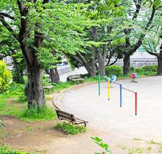 土橋南公園 約350m(徒歩5分)